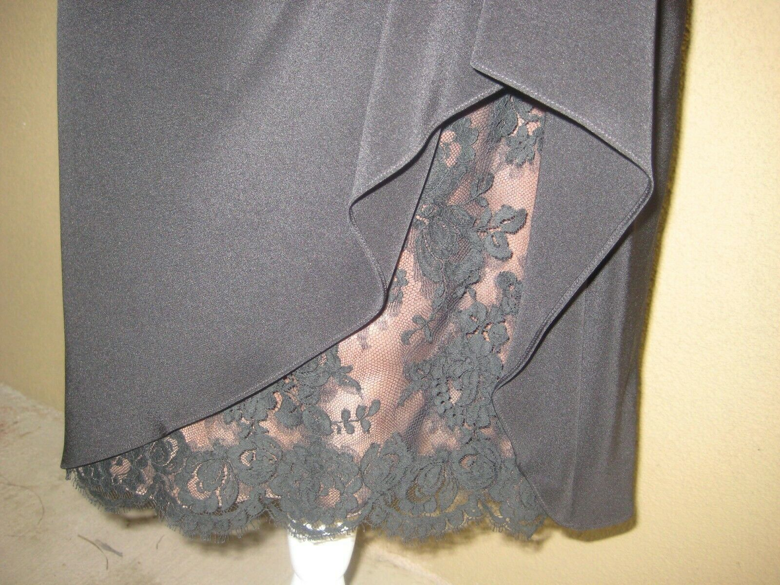 Vintage 1980's Travilla black drop waist LS lined… - image 4