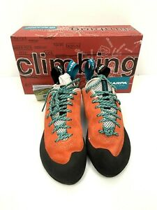 Scarpa Women's Helix Climbing Shoes 39.5 US 8 Vibram XS Edge Sole Classic NEW