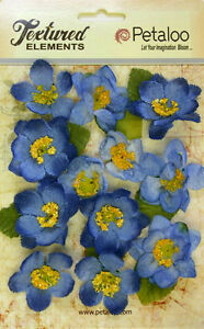 Canvas-Textured-BRIAR-ROSE-BLUE-12-Fabric-Flowers-40-45mm-amp-Leaves-5008-Pet-A