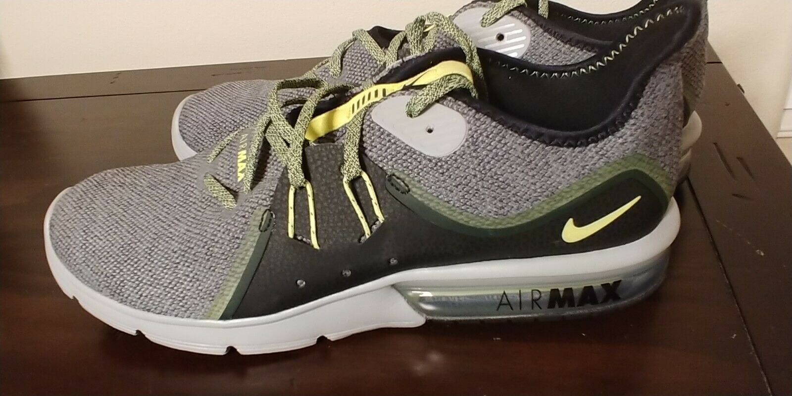 NIKE AIR MAX SEQUENT 3 RUNNING SHOES SIZE 12