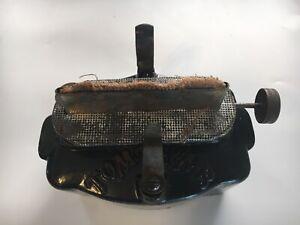 Vintage-Cast-Iron-Tom-Thumb-Kerosene-Lamp-Stove-Sad-Iron-Furnace-Base-and-Burner