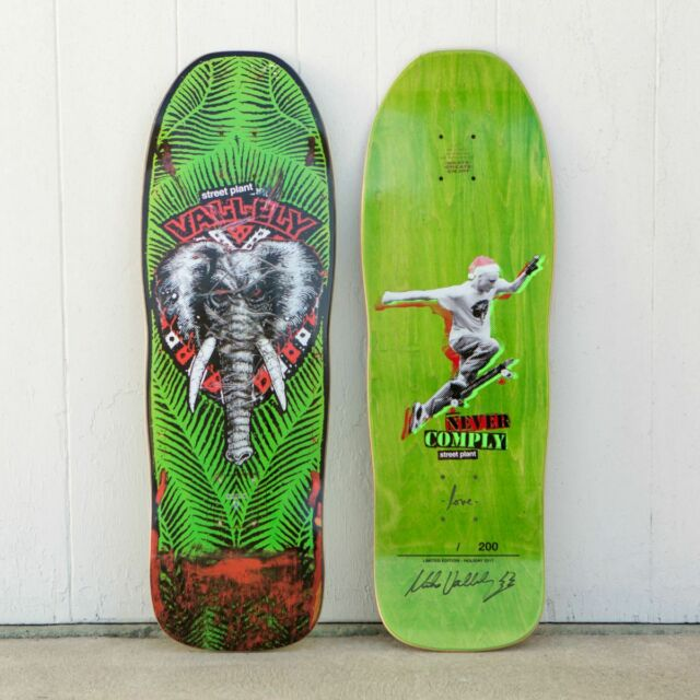 Street Plant Mike Vallely PUBLIC DOMAIN ELEPHANT AUTOGRAPHED Deck Powell Peralta
