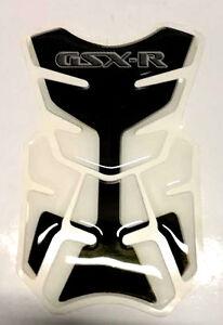 PAD-PROTECTION-RESERVOIR-SUZUKI-GSXS-GSXR-600-750-1000-TRANSPARENT-LOOK-CARBONE
