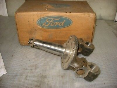 New Ford Front Spindle for a B600 and F300 Truck C7TZ-3106-E