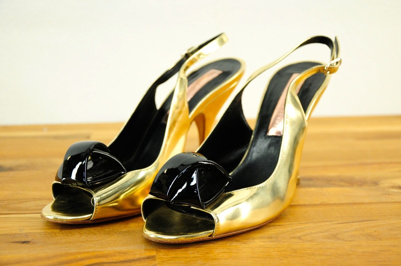 595 Rupert Sanderson Limonia gold Metallic Peep Toe Slingback Heels 37EU 6-7US