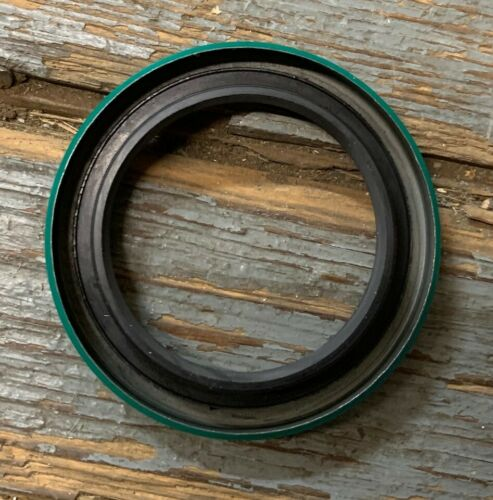 SKF 550085 OIL SEAL NEW IN FACTORY PACKAGE