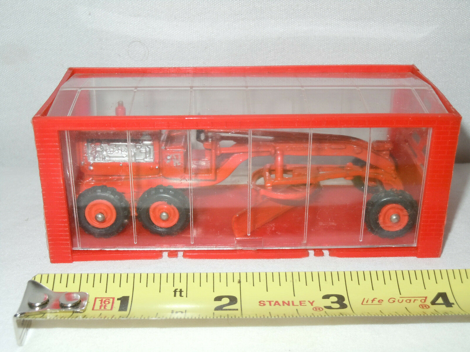 Caterpillar Grader  No.99   By Mini Dinky