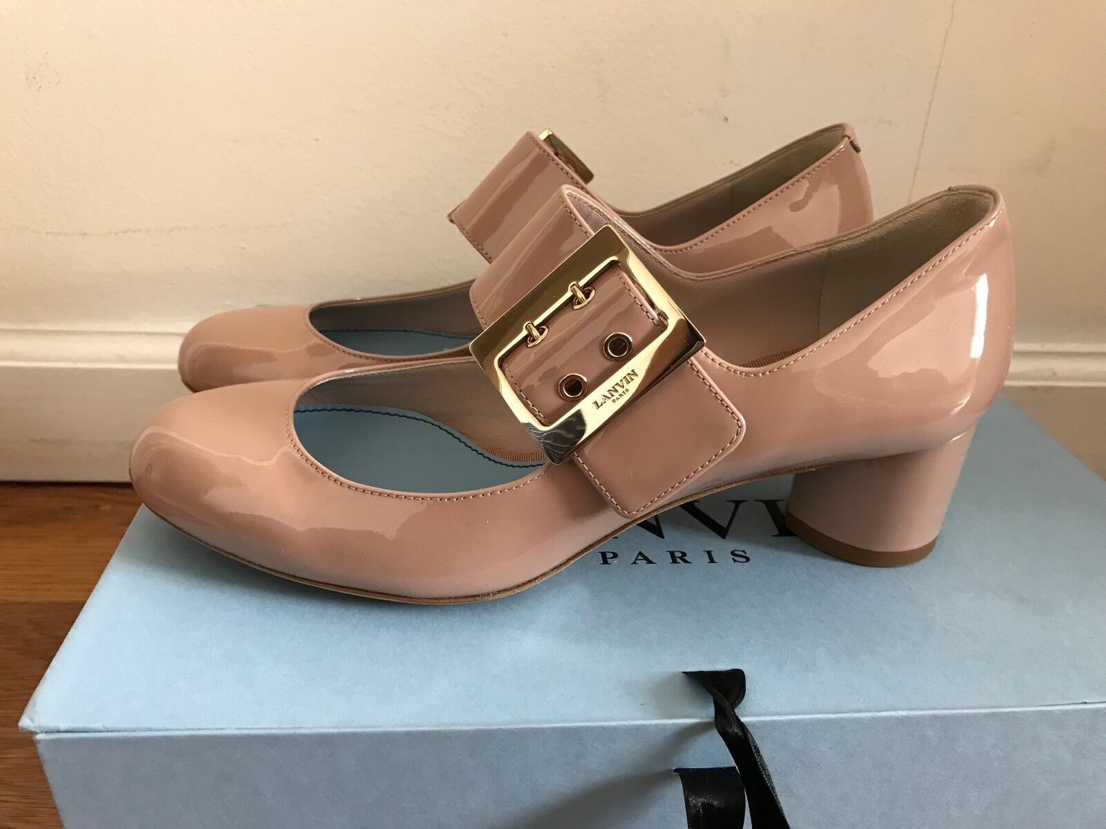 BRAND NEW WITH BOX LANVIN PATENT MARY JANE PUMP IN SIZE 6.5B prada