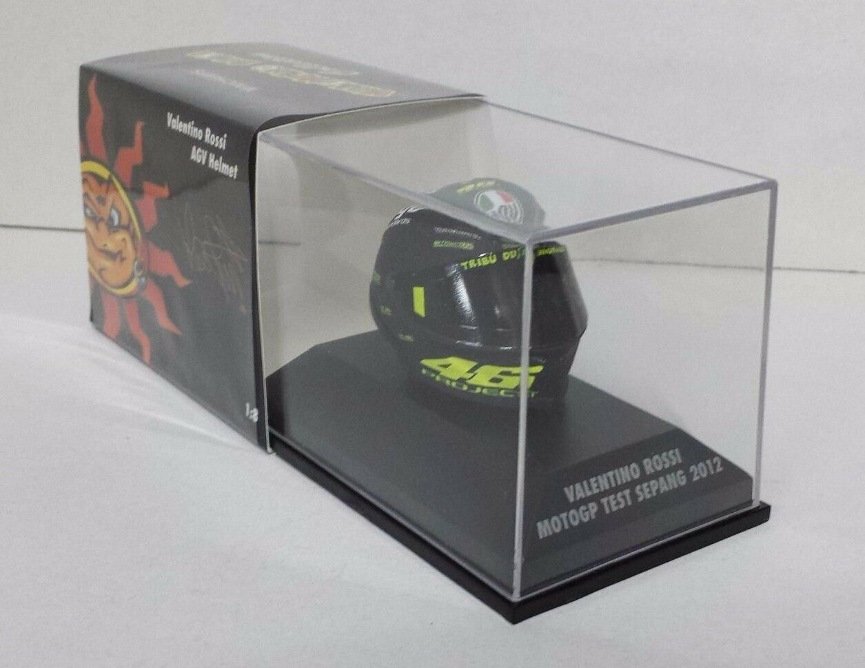 Minichamps Valentino Rossi Modelo AGV Casco Helmet 1 8 Test Sepang 2012 Ducati