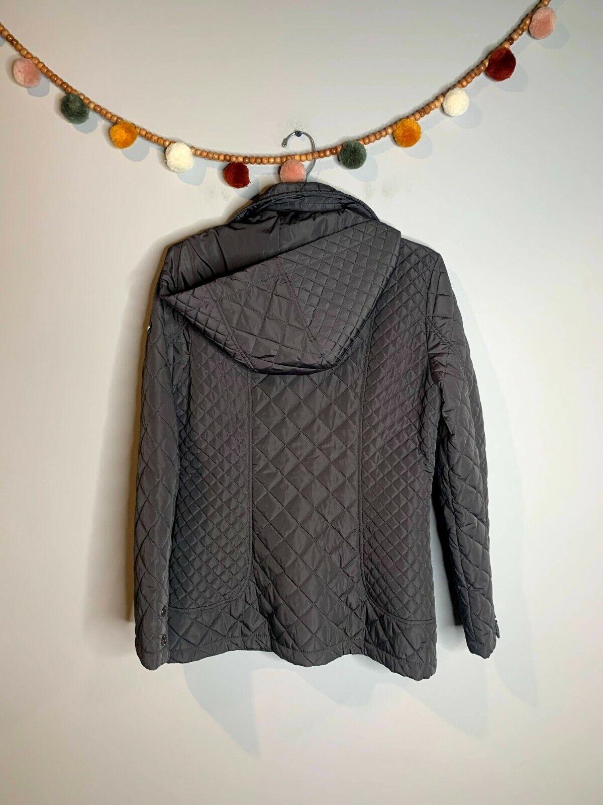 Calvin Klein grey quilted jacket - image 5