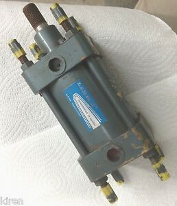 "Compactaire model # S547 LEHIGH 2"" STROKE 2 1/2"" BORE PNEUMATIC Air CYLINDER"