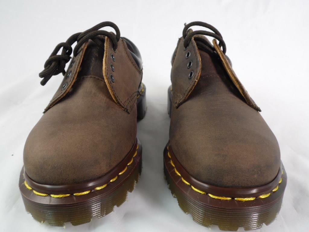 DR MARTENS 8053 GAUCHO BARK BROWN GREASY LEATHER PADDED MIE ENGLAND 5 EYE UK 7