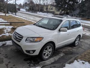 Hyundai Santa Fe SUV - 183kms $6,000 FIRM