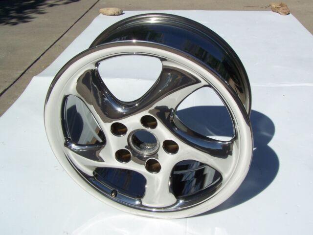 Porsche Chrome Turbo Twist Wheel 18x8 Needs RECHROME
