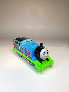 Hyper Glow Thomas & Friends The Tank Engine Trackmaster Motorized Train Mattel