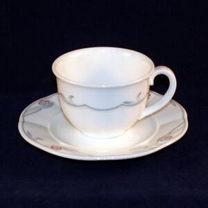Villeroy-amp-Boch-Florina-Kaffeetasse-mit-Untertasse-neuwertig
