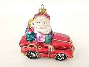 Blown-Glass-Santa-in-Red-Sports-Car-Christmas-Holiday-Ornament