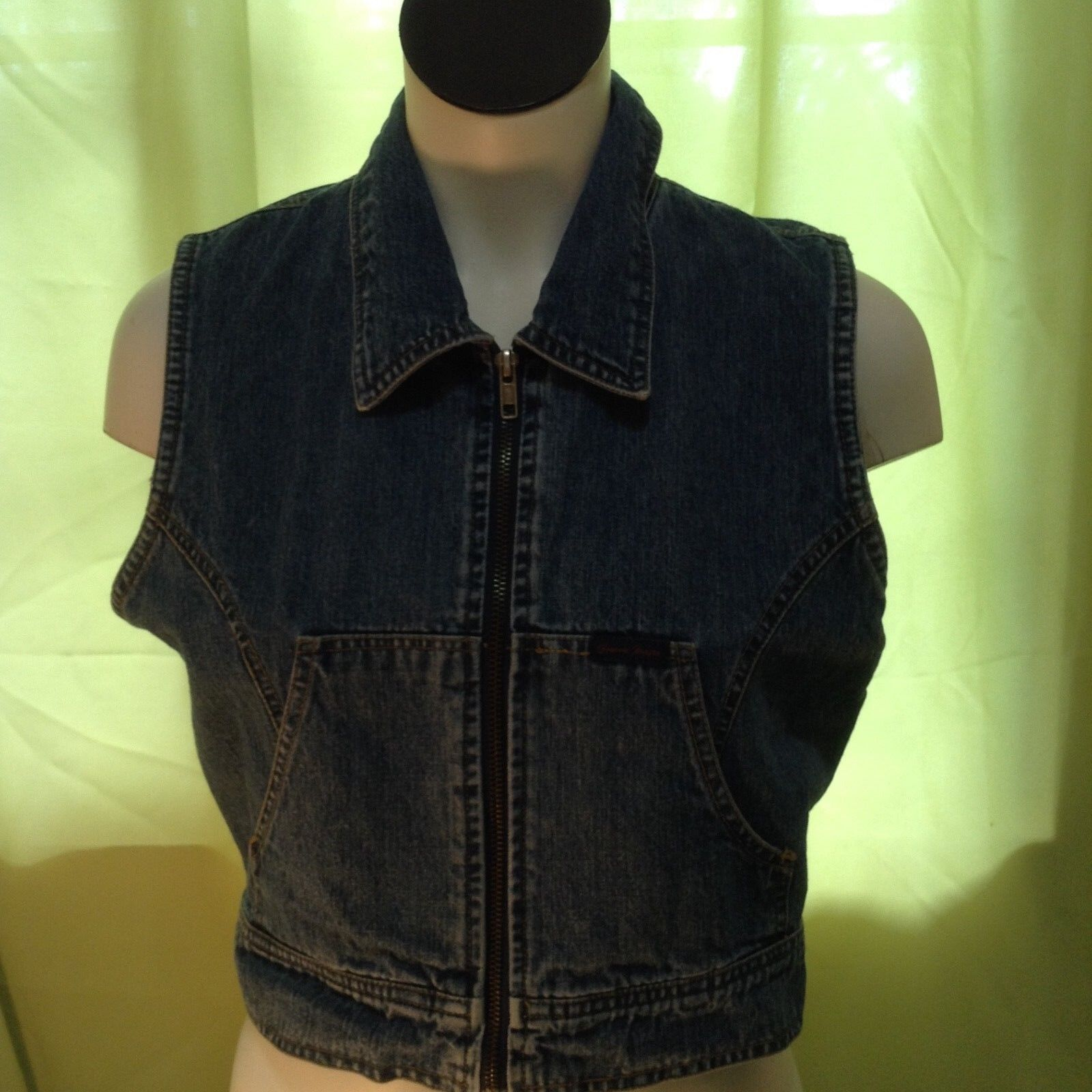 Vintage Guess USA Women's Jean Vest Size Small Style 11810 RN62136
