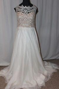NWT-Lillian-West-6493-Size-18-Ivory-Nude-chiffon-long-formal-bridal-gown-Sabrina