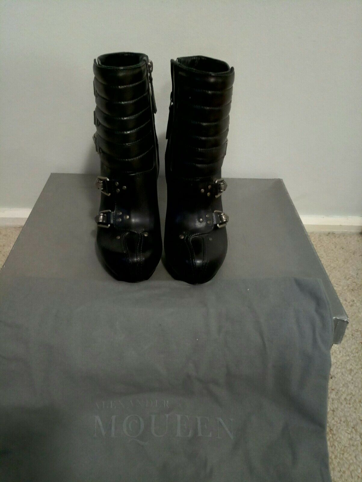 Alexander McQueen Multi-Buckle Ski Ankle Boots Size 37  NEW      2100+