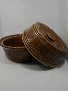 Glazed-Brown-Pottery-Stoneware-Vintage-9-Inch-Covered-Casserole