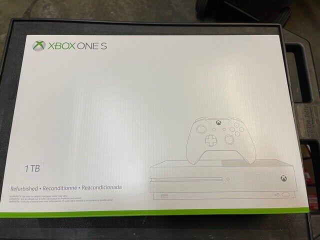 Microsoft Xbox One S Gaming Console 1TB 4K Ultra HD Blu-Ray White Controller