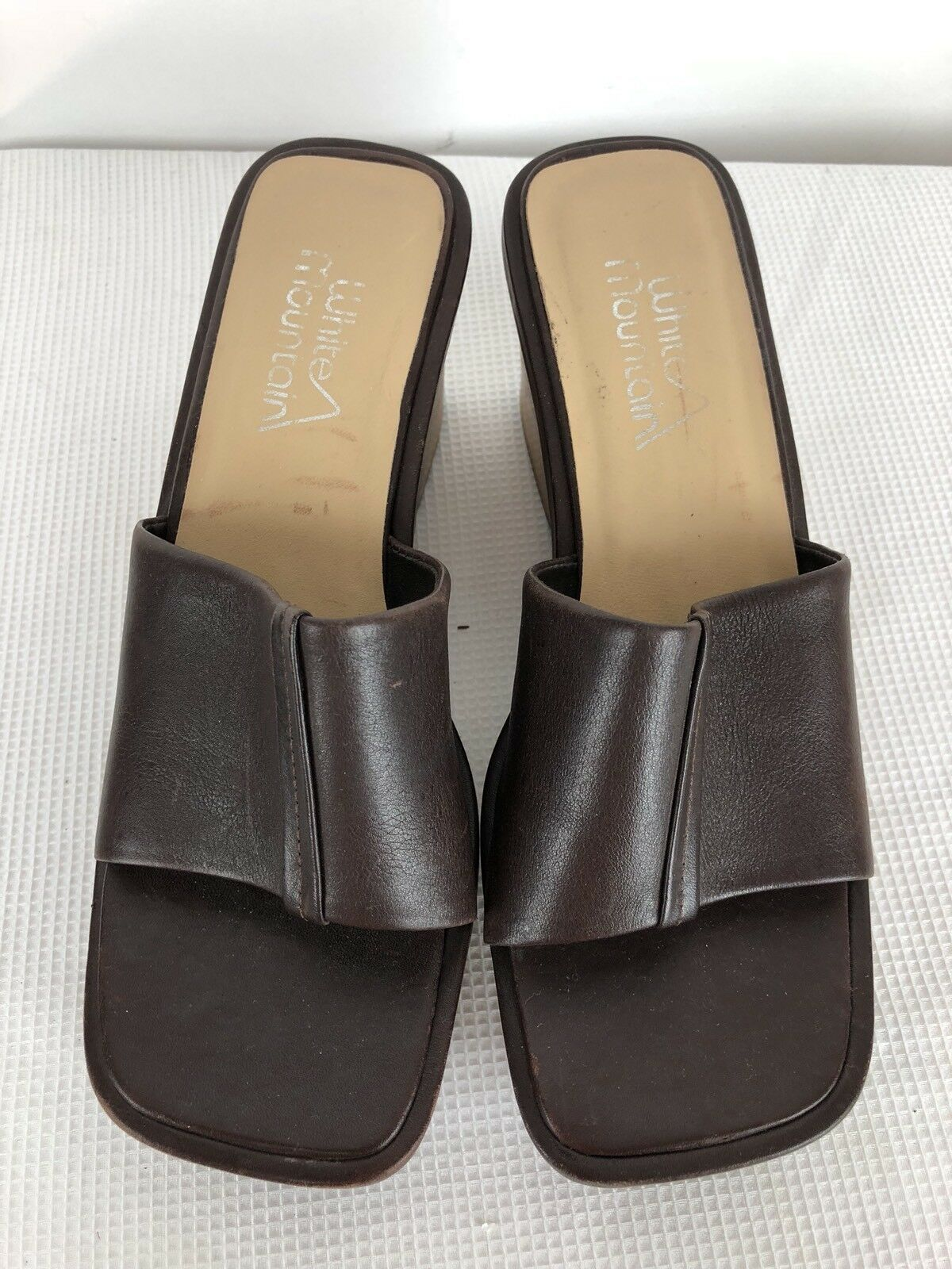 White Mountain Womens Wooden Wedge Brown Slide Sandals Leather Upper Brown Wedge ca1528