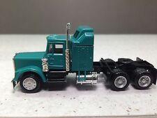 HO 1/87 Promotex Herpa # 25274 KW  W-900 long tractor w/Aerodyne sleeper Green