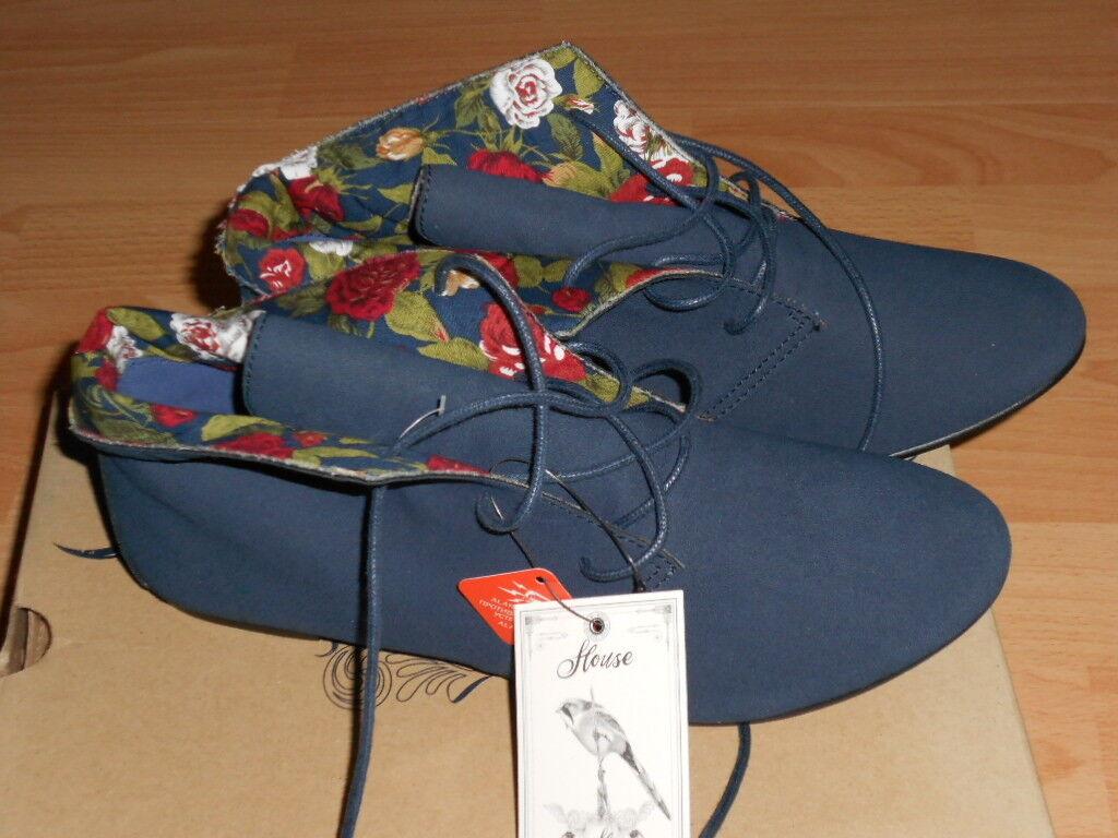 HOUSE Footwear Schuhe Schick mit Blumenmuster Gr. 39 NEU