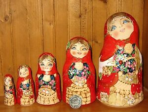 Charmant Russian Nesting Doll Main Painted Pyrogravure 5 Bell Matryoshka & Chats Mamayeva-afficher Le Titre D'origine Approvisionnement Suffisant