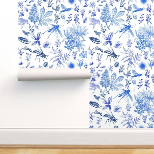 Wallpaper Roll Nature Bugs Botanical Blue Chinoiserie Floral Toile 24in x 27ft