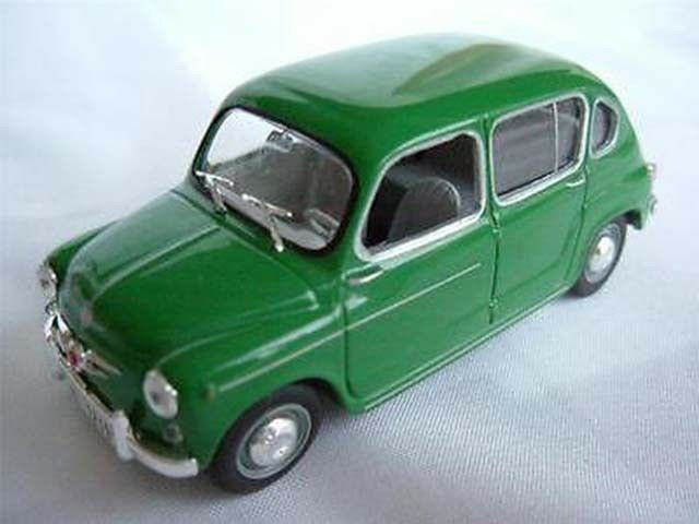 SEAT FIAT 800 CAR DARK GREEN 1 43 CLASSIC ITALY SPAIN EXAMPLE T3241Z 500 -+-