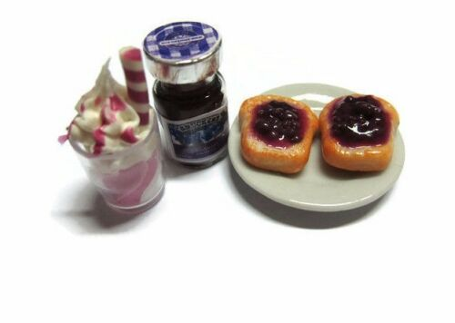 Bottles of Blueberry Fruit Jam Bread Milkshake Dollhouse Miniatures Food Bakery