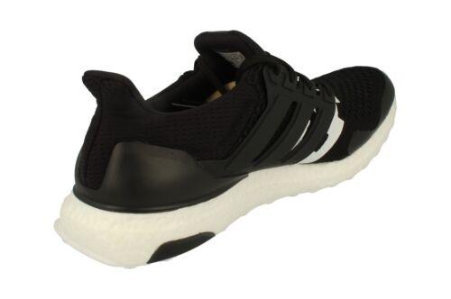 Pour Baskets Course Adidas Chaussure Homme B22480 De Ultraboost Invaincu R8wqX8