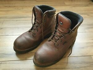 RED-WING-BOOTS-THINSULATE-Ultra-Sz-9-E2-6-Inch-VIBRAM-EH-Protection-Style-1261