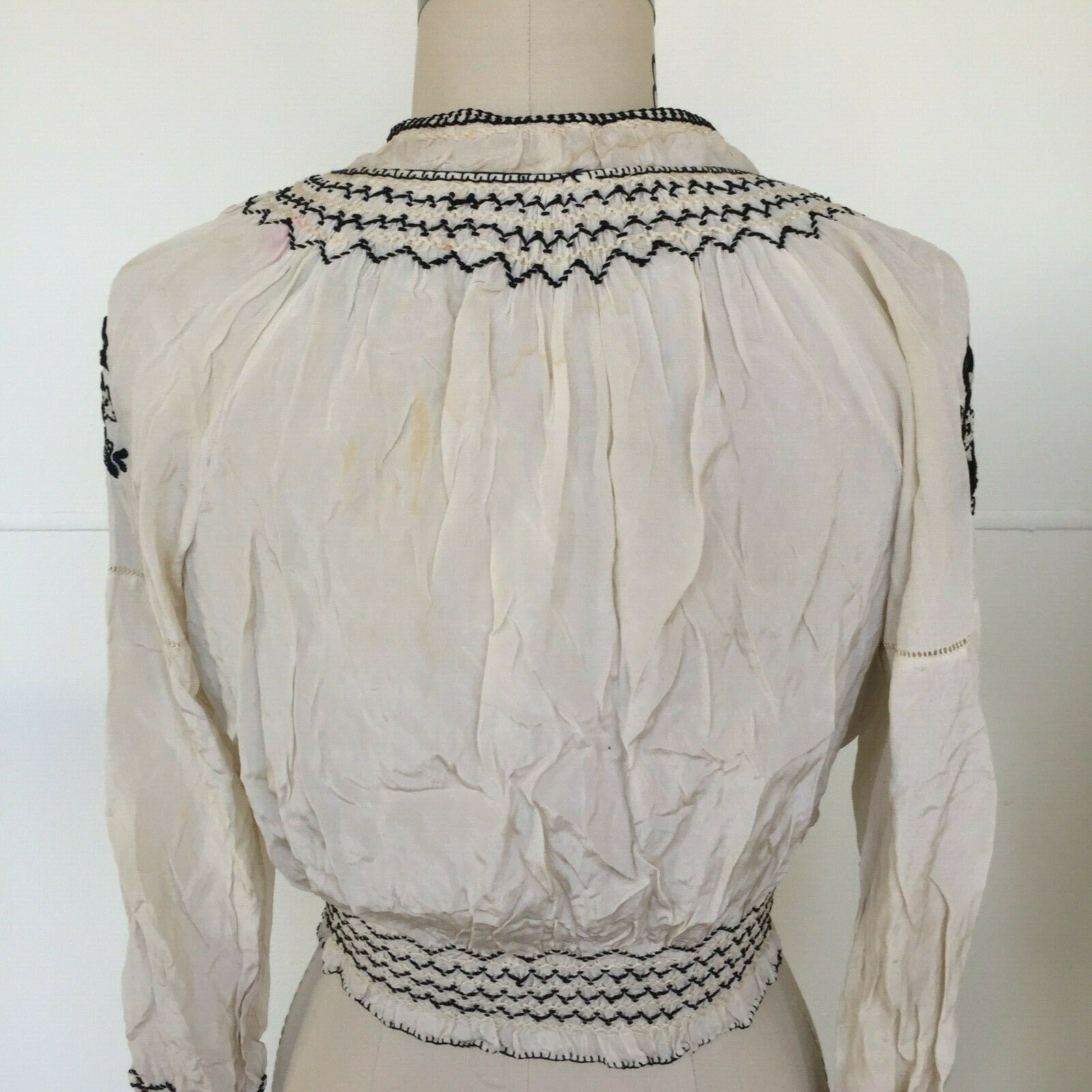 Vtg Hungarian Blouse S-M Embroidered Hand Made Fl… - image 5