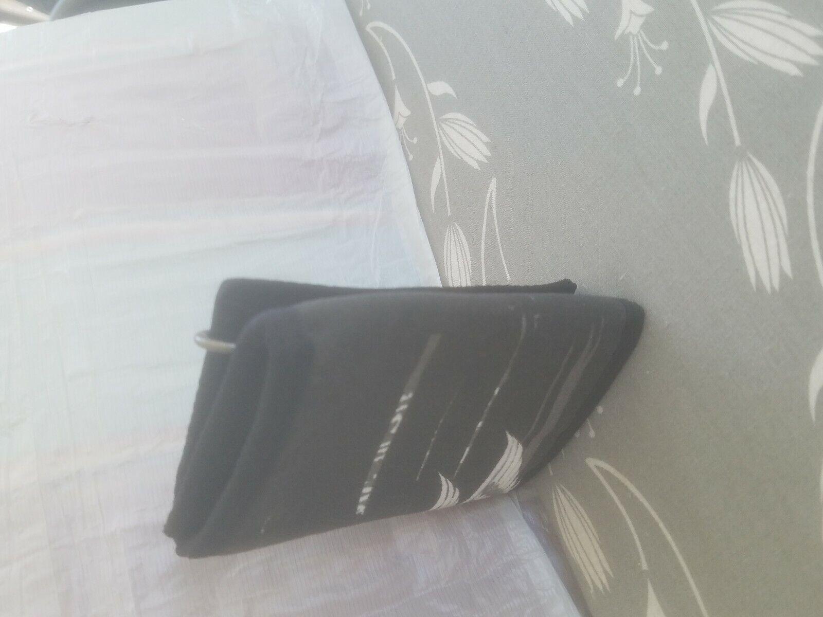 Mens billfold wallet used