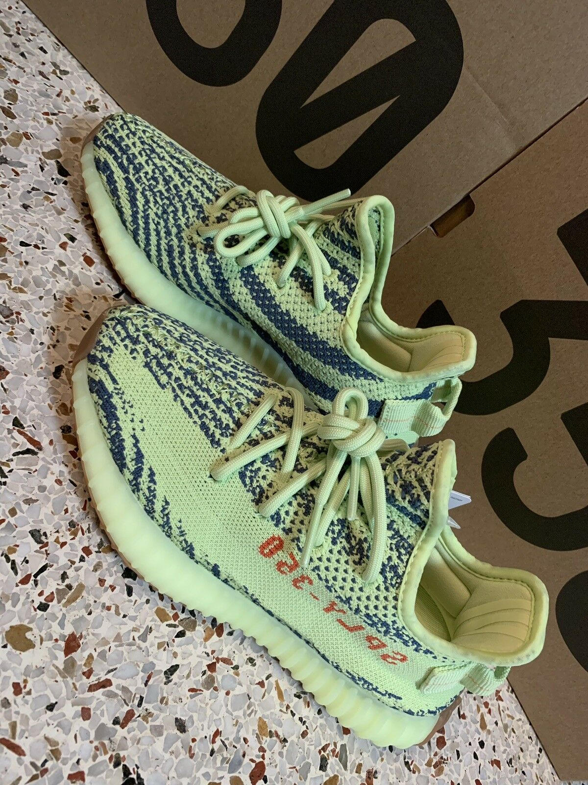 Adidas Yeezy Boost 350 v2 Frozen Yellow size 10 With Receipt 100% Authentic