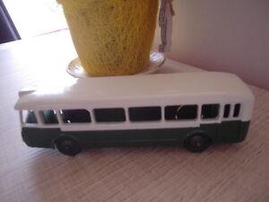 Bus Parisien Dinky Toys Autobus   Bus Parisien Dinky Toys Autobus