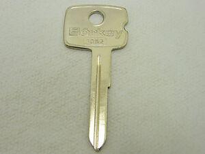 Car-Key-Blank-B-for-Vauxhall-Manta-Kadett-Vauxhall-Astra-Chevrette-Holden