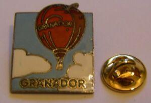 HOT-AIR-BALLOON-GRANADOR-vintage-Pin-Badge