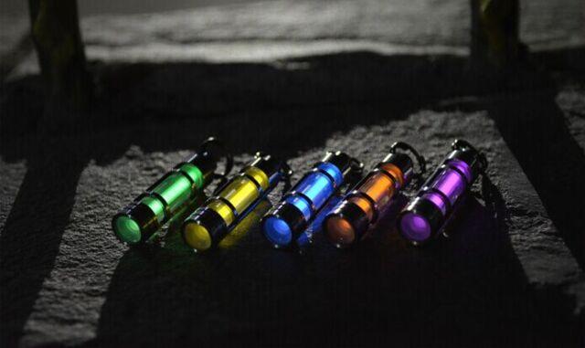 1PC Titanium Tritium Fluorescence Light Keychain Autoluminescence 25 Years