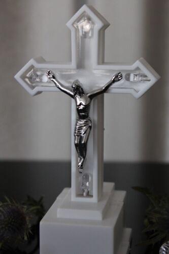 LED Kreuz Kruzifix weiß blau Grabschmuck Grablaterne Grablicht Deko Garten Grab