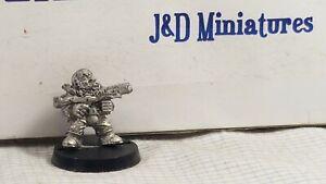 GW-Citadel-Rogue-Trader-Warhammer-40-000-IC501-Iron-Claw-Squats-Gavos-1988