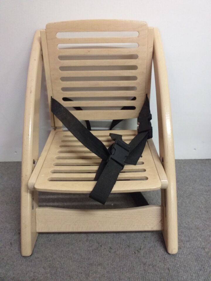 Handy Sitt, Stol på stol