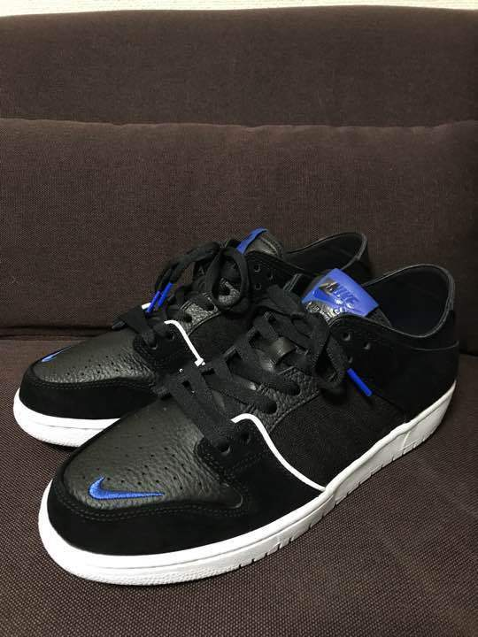 27.5cm NIKE FRI. Day SB ZOOM DUNK faible from japan (2978
