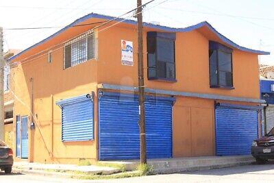 DEPARTAMENTO y LOCAL  en VENTA en Junta de los Ríos.