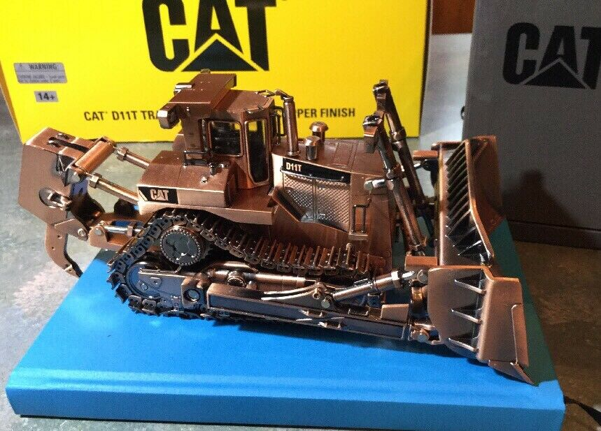 DIECAST MASTERS - CAT D11T TRACK TYPE TRACTOR BULLDOZ - COPPER FINISH 1 50 SCALE