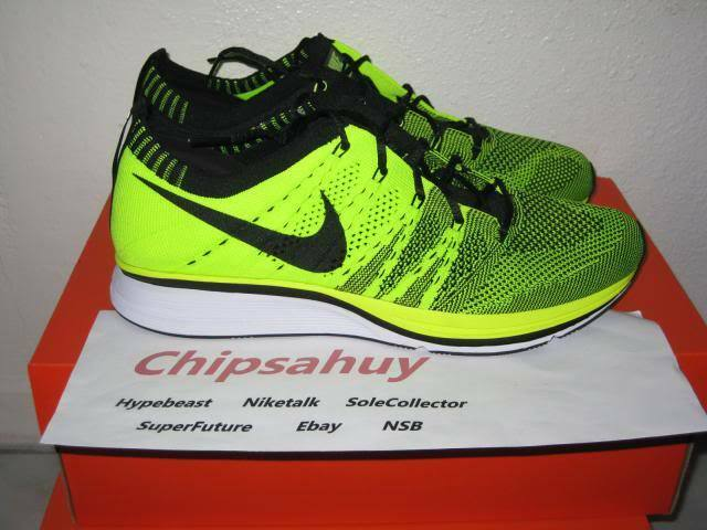 Nike Flyknit Trainer Volt Black Neon Racer Zoom Air Woven 8 Olympic Shoe DS Size 8 Woven 522a9f