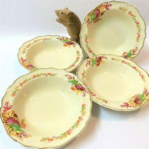 J-amp-G-Meakin-4-x-Matching-Sweet-Bowls-16-5cm-Cream-Ware-50s-Autumn-Berries